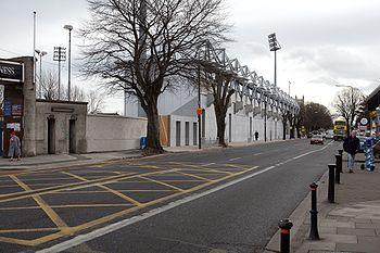 donnybrook senior singles Kiely's pub in donnybrook donnybrook ( irish : domhnach broc , meaning  the church of saint broc ) is a district of dublin , ireland it is situated on the southside of the city, in the dublin 4 postal district, and is home to the irish public service broadcaster raidió teilifís Éireann (rtÉ.