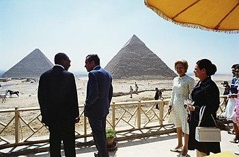 Nixon Sadat