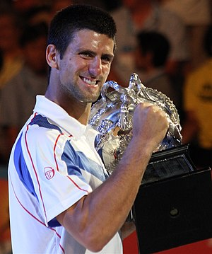 English: Djokovic with the Australian open trophy