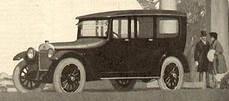 Oakland Motor Car Company - Oakland Sensible Six Sedan, from 1917 magazine ad