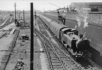 GWR 9400 Class - 9474 ECS working into Paddington