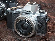Olympus OM-D E-M10 2014 CP+.jpg