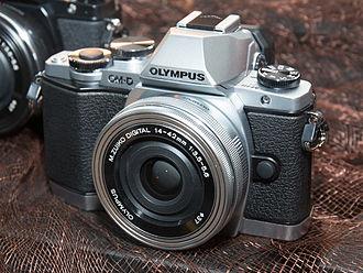 Olympus OM-D E-M10 - Image: Olympus OM D E M10 2014 CP+