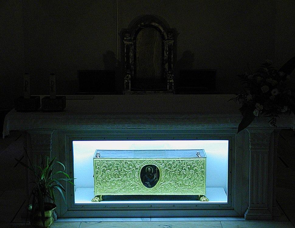 Ortona -Reliquary chest of Saint Thomas- 2006 by-RaBoe 02