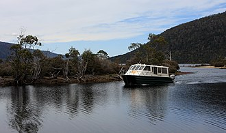 Lake St Clair (Tasmania) - Image: Our ride down Lake St. Clair Flickr brewbooks