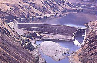 Oxbow Dam Dam in Hells Canyon, Adams County, Idaho / Baker County, Oregon, USA