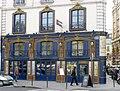 P1170419 Paris VI quai des Grands-Augustins Laperouse rwk.jpg