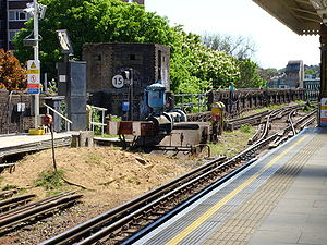 Putney Bridge tube station - Image: P Bridge Pillbox