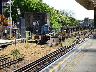 Putney Bridge tube station - Image: P Bridge Pillbox