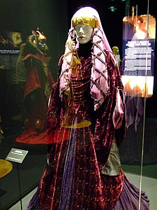 Padme's purple travelling gown.jpg