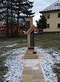 Památník v Dlouhé Loučce.jpg