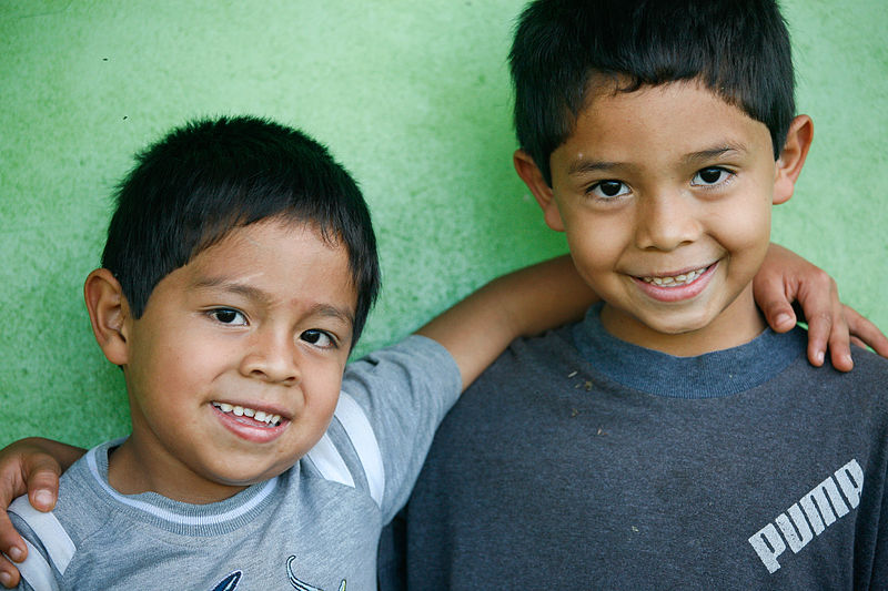 File:Panamanian Brothers (8627444206).jpg