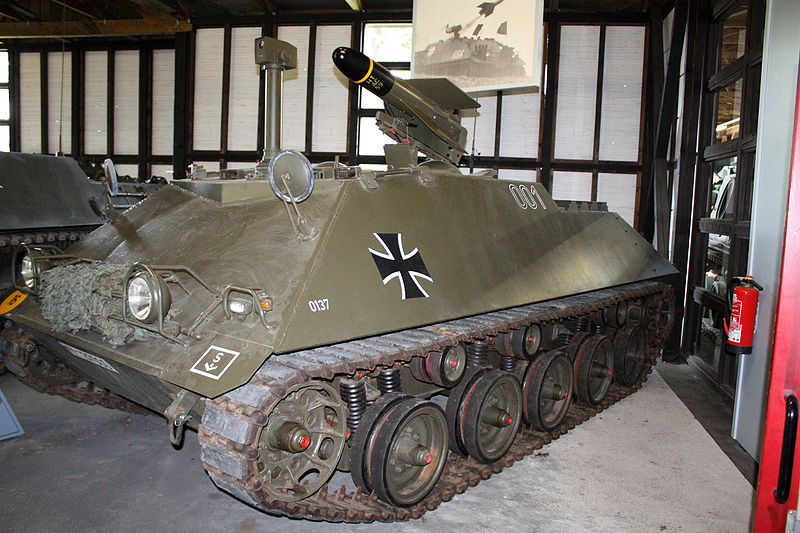At Panzermuseum_Munster_2010