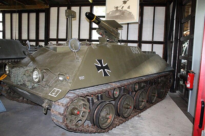 At Panzermuseum_Munster_2010