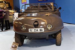 Paris - Retromobile 2012 - La Trippel type SG6 38 - 1941 - 003.jpg