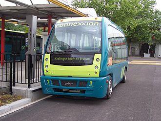 ParkShuttle - Parkshuttle vehicle outside Kralingse Zoom station during testing in 2005