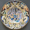 Pesaro, manifattura di vincenzo molaroni, copia di un piatto cinquecentesco con piatto con il ratto delle sabine, XIX secolo.JPG