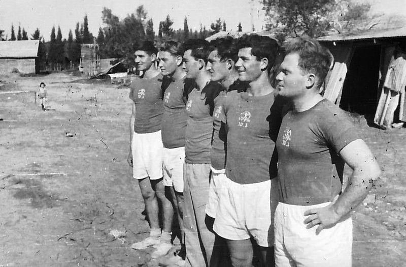 גן שמואל-נבחרת הכדורעף 1953