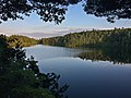 Pink Lake at sunset Gatineau Park 03.jpg