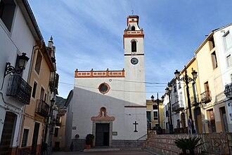 Castell de Castells - Image: Plaça de l'església de Castell de Castells