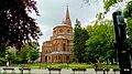 Plac Wolności widok kościoła Świętych Apostołów Piotra i Pawła. - panoramio.jpg