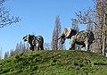 Planckendael zoo Elephant statues 01.jpg