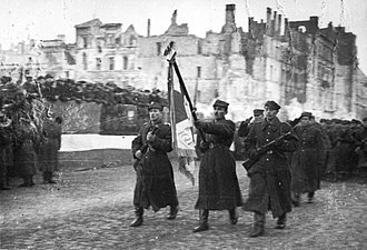 Polish Armed Forces - First Polish Army soldiers entering Warsaw; Eastern Front,  January 1945