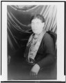 Portrait of Willa Cather LCCN2004662684.tif
