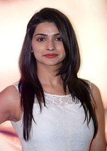 Prachi Desai at Launch of Neutrogena's products (10).jpg