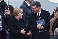Presidente Sánchez y Canciller Merkel en la Conmemoración del armisticio de la I Guerra Mundial.jpg