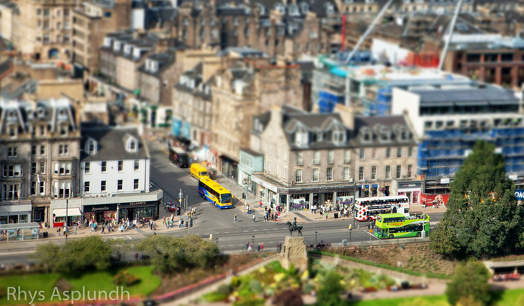 Princes street à Edimbourg - Photo de Rhys A