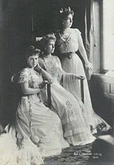 Princesses Beatrice, Marie and Victoria Melita of Saxe-Coburg and Gotha.jpg