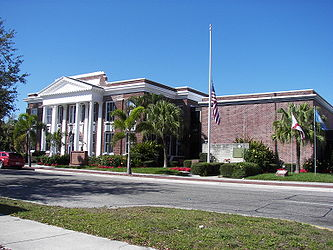 Punta Gorda City Hall 2.jpg