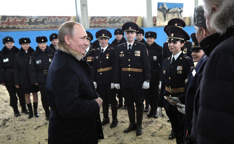 Putin congratulated the officers of the Moscow mounted police 04.png