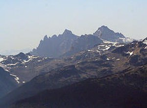 Mount Cayley - The Mount Cayley volcanic complex in August 13, 2005. Summits left to right: Pyroclastic Peak, Mount Cayley