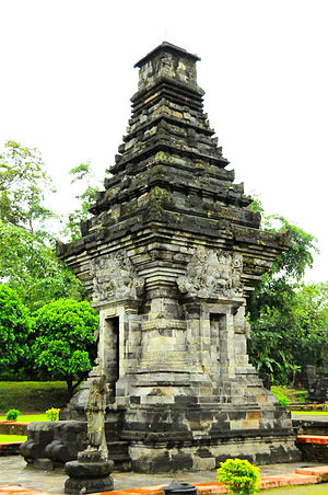 Penataran - The dated temple in the Penataran complex