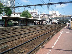 Choisy-le-Roi (Paris RER) - Image: RER C Gare Choisy 10