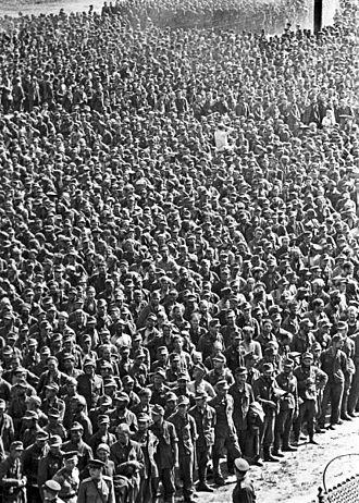 German prisoners of war in the Soviet Union - German prisoners-of-war in Moscow at the end of 1944.