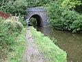 Railway bridge over Peak Forest Canal - geograph.org.uk - 995518.jpg
