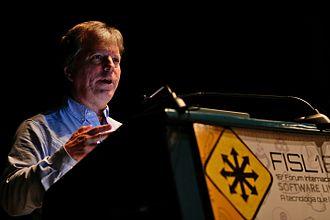 Randal L. Schwartz - Schwartz giving a talk on FISL 16