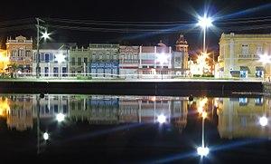 Laguna, Santa Catarina - Image: Reflexo no cais