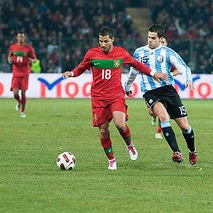 Fernando Gago - Gago challenging for the ball against Ricardo Quaresma of Portugal in a 2011 friendly