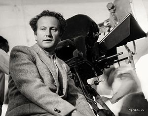 The Little Minister (1934 film) - Director Richard Wallace on the set of The Little Minister