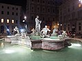 Roma, Fontana del Moro di notte (1).jpg