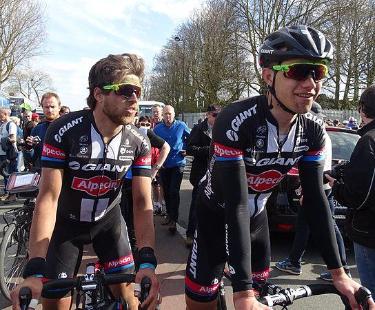 Roubaix - Paris-Roubaix, 12 avril 2015, arrivée (C27).JPG