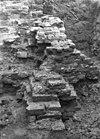 ruïne, fundering poortgebouw buitenzijde - voorhout - 20245681 - rce