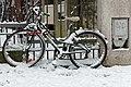Rue de la Réunion (Paris), vélo sous la neige.jpg