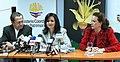 Rueda de prensa conjunta del Canciller Patiño y las Ministras Espinosa y Aguiñaga, sobre los resultados de la COP 16 en Cancún (5258559366).jpg