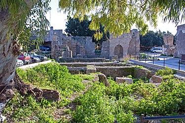 Ruins in Medieval Rhodes 2010.jpg