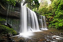 Le cascate Russel, nel parco nazionale di Mt. Field.